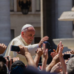 800px-Pope_Francis_Photo_2